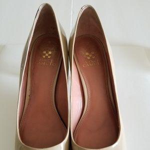 Vince Camuto Heel Shoes, Size 9B, Color Beige